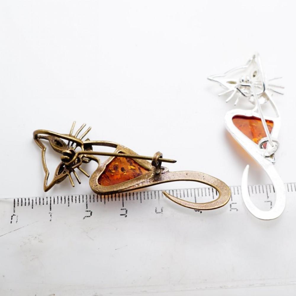 Брошь - кулон Кошечка (янтарь белый бронза стразы) 110