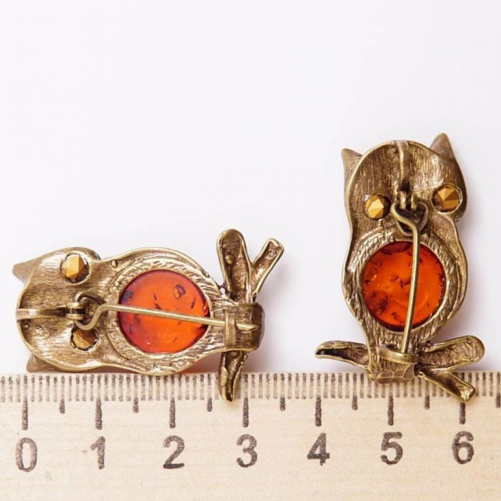 Брошь - кулон Филин на ветке янтарь бронза 124