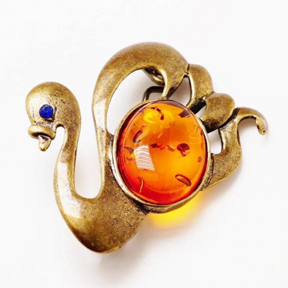 Брошь Лебедь янтарь коричневый бронза 2187