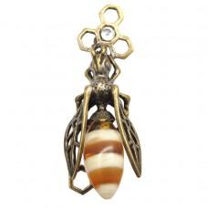 Брошь Пчела с сотами янтарь бронза 545