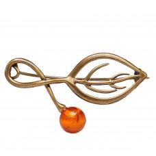 Брошь Листик с ягодой (янтарь коричневый в бронзе) 620