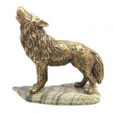 Фигурка Волк воет камень Скарн бронза 64