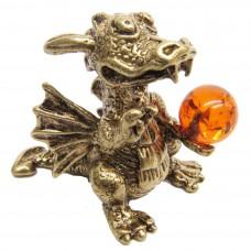 Фигурка Дракон с шаром янтарь бронза 1774
