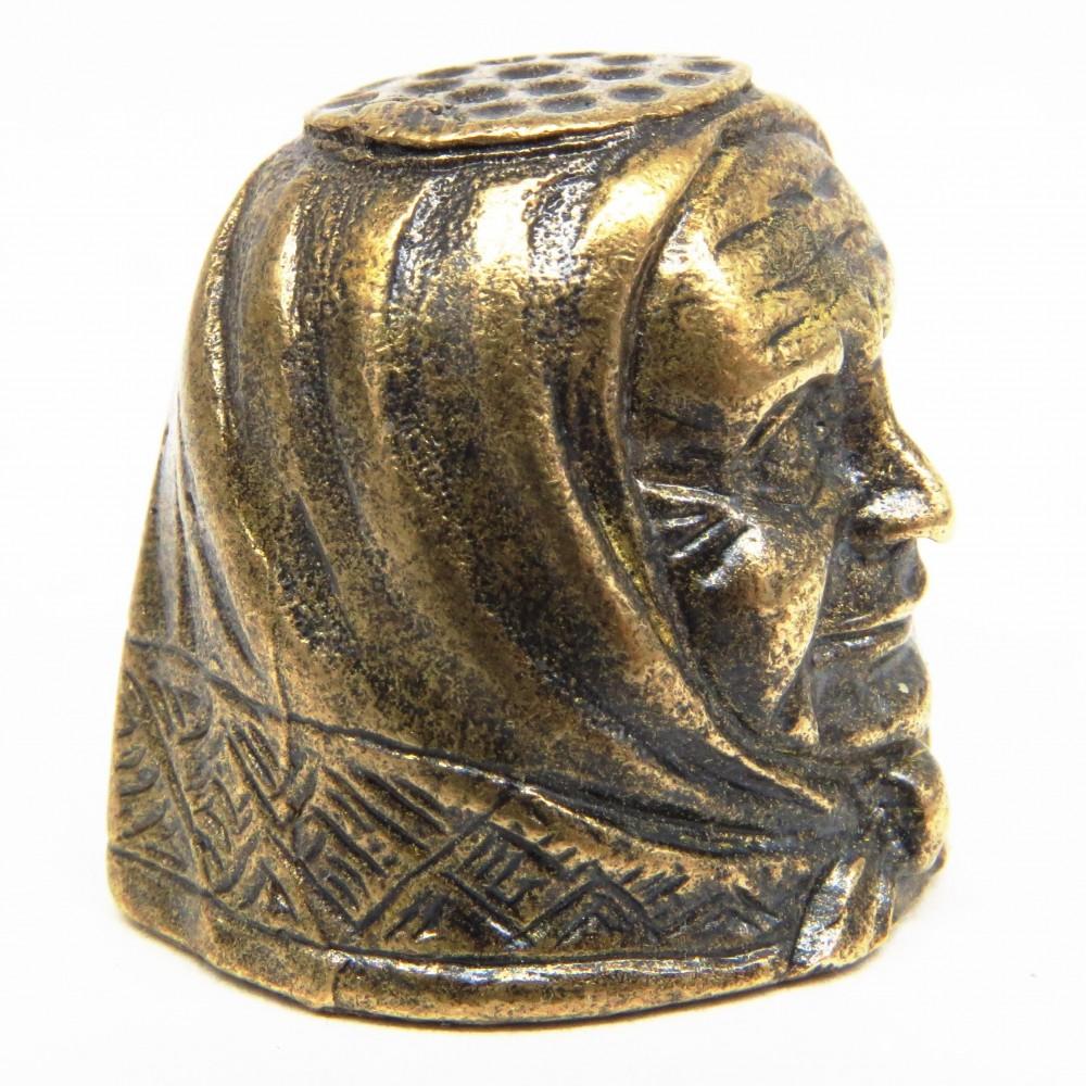 Напёрсток Бабушка бронза 360